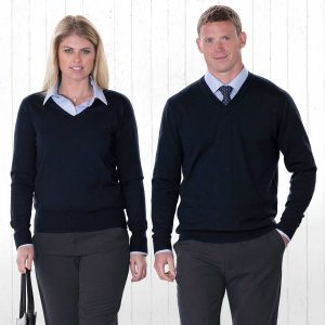 merino-detailed-vee-pullover